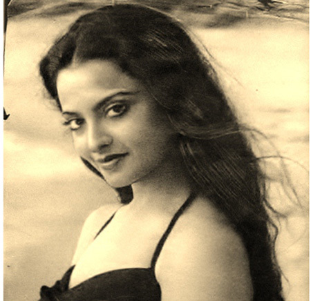 Hindi Film 101 Rekha The Queen Of Embracing The