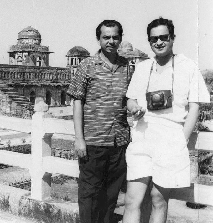 Johnny Walker & Guru Dutt. Johnny Walker was an indispensable part ...