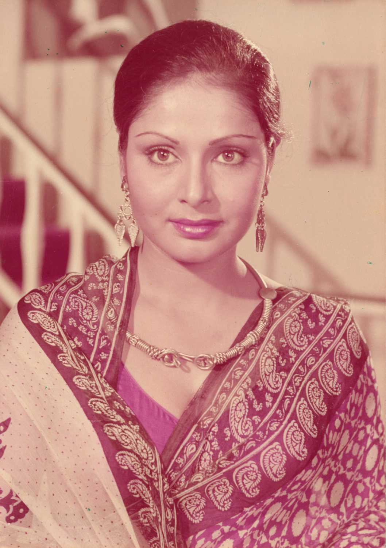 Happy 71st Birthday, Rakhee Gulzar. | by Bollywoodirect | Medium