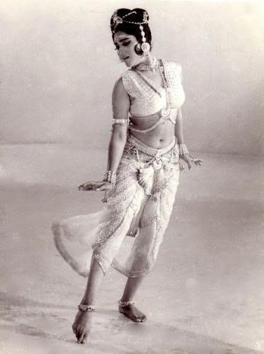 DJ Carl Hamm's Blog *~*~*~*~*~: Vyjayanthimala - dance champion of Indian  cinema