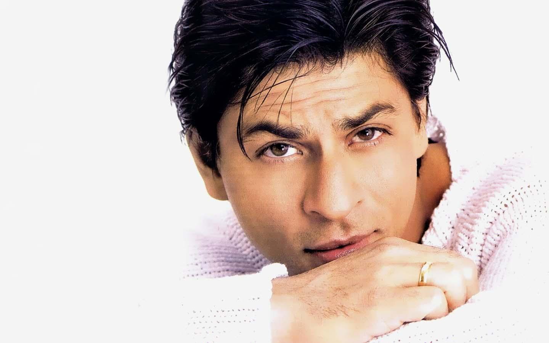 Girls love my eyes, says Shah Rukh Khan | InstaMag