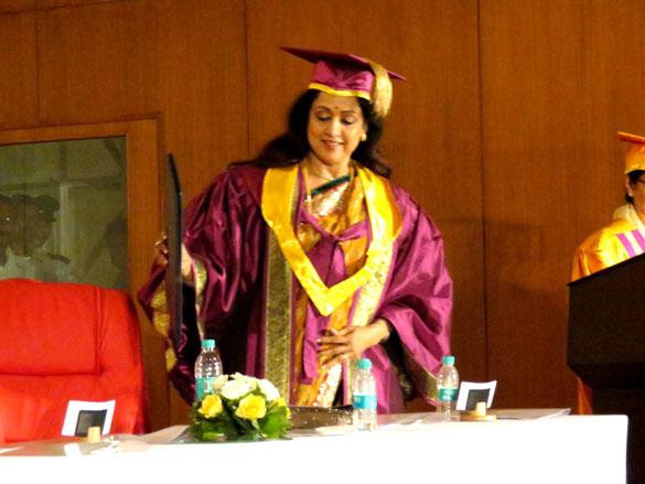 Filmee Club: Dream Girl Hema Malini is now Dr. Hema Malini