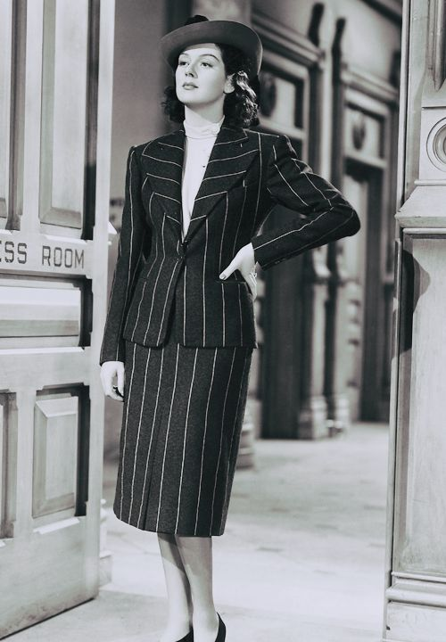 The Style Essentials--Rosalind Russell Reports in Style in 1940's HIS GIRL  FRIDAY | GlamAmor